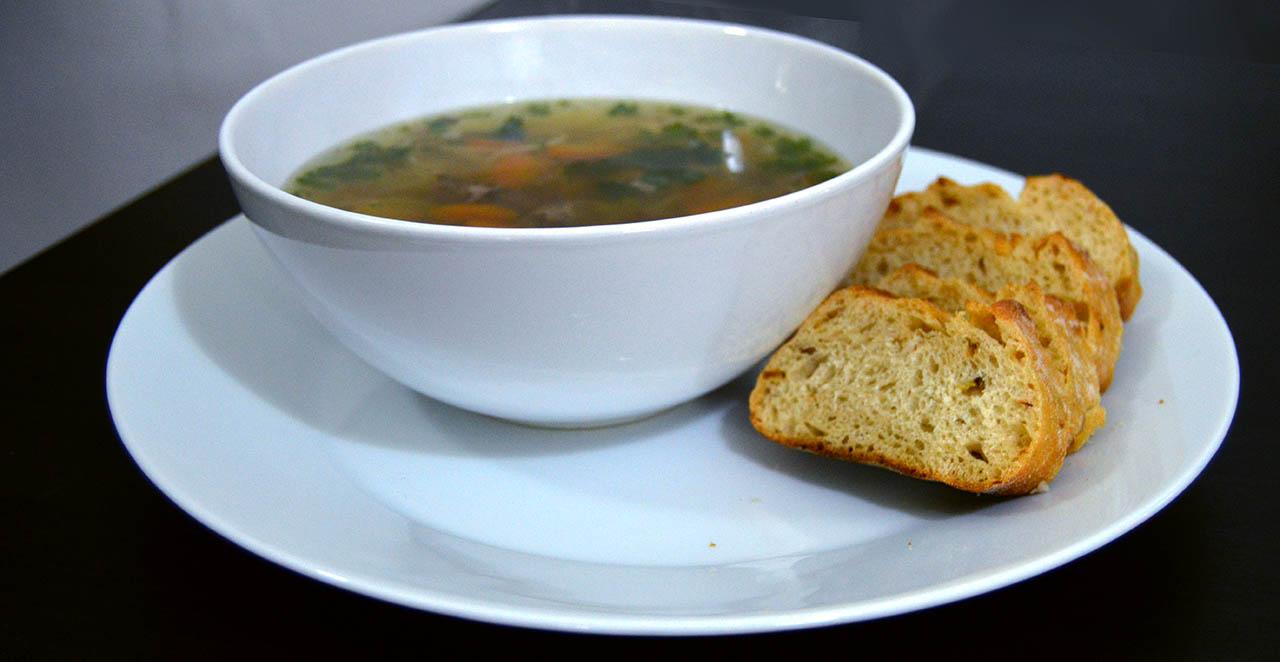 Domácí hovězí polévka