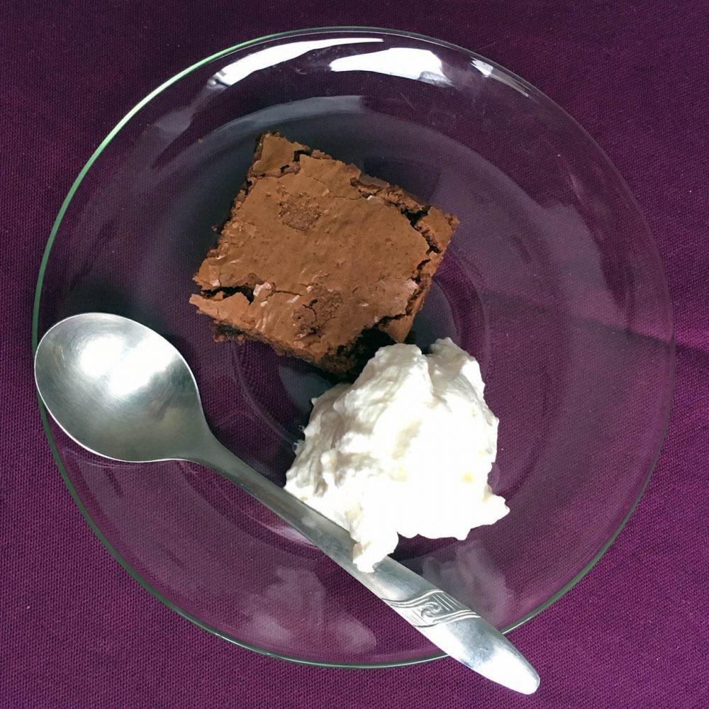 Brownies se šlehačkou 3