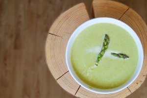 Polévka ze zeleného chřestu