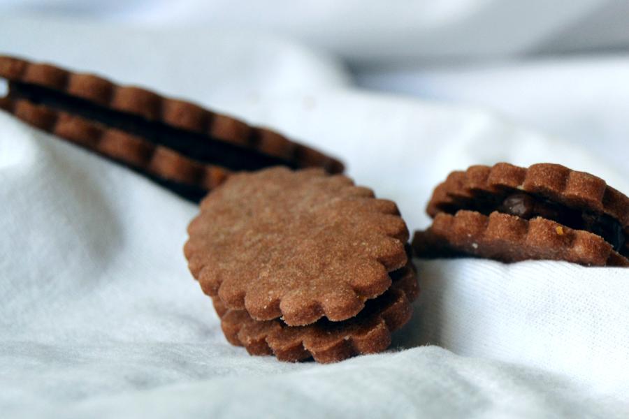 Kakaové linecké s čokoládovou ganache