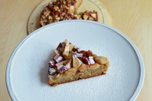Rebarborový žitný koláč